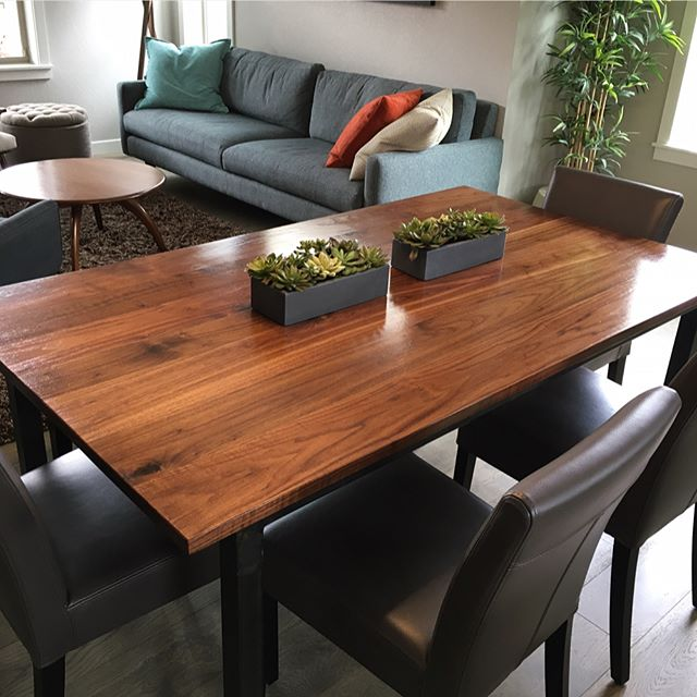 Anders Kitchen/Dining Table