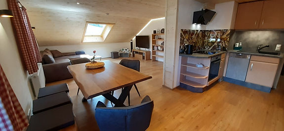 Wohnzimmer - 5.jpg