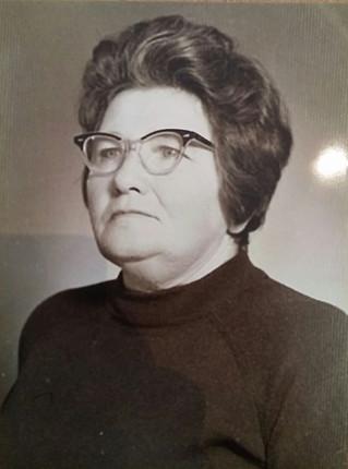 """""""רוזליה"""" – סבתא אהובה שלי סבתא רוז'י"""