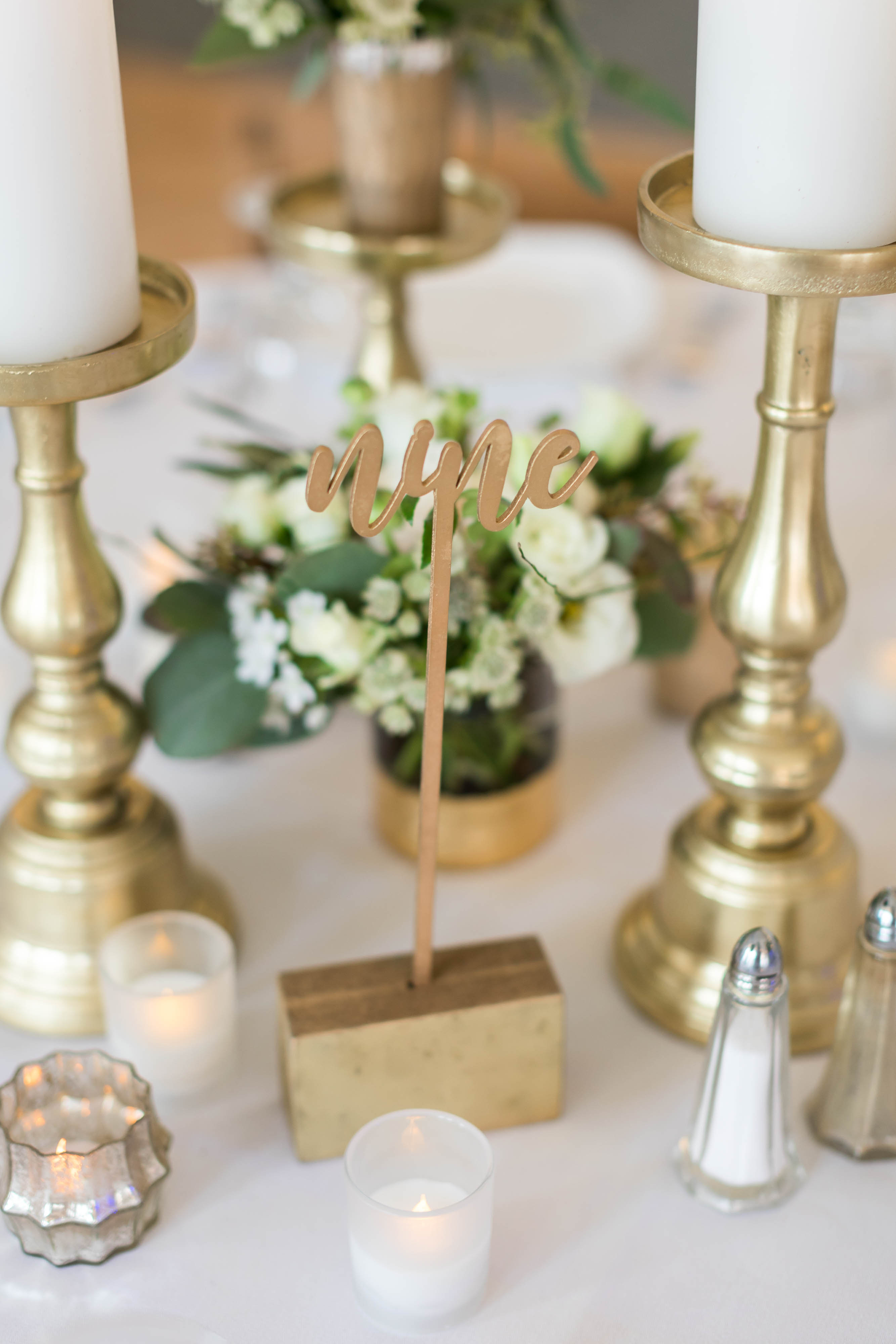 Molly and Christian-Reception Decor-0011