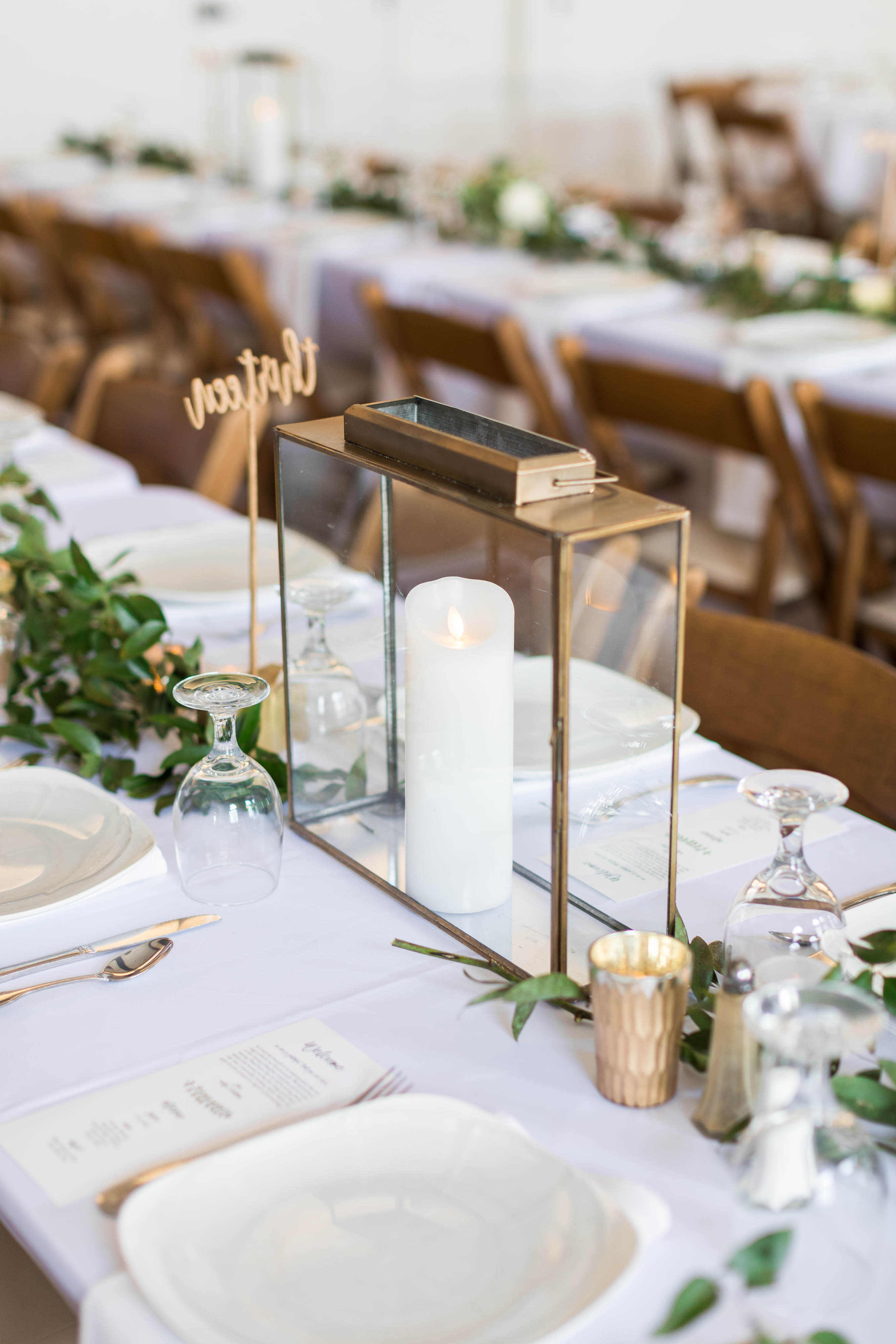 Molly and Christian-Reception Decor-0015