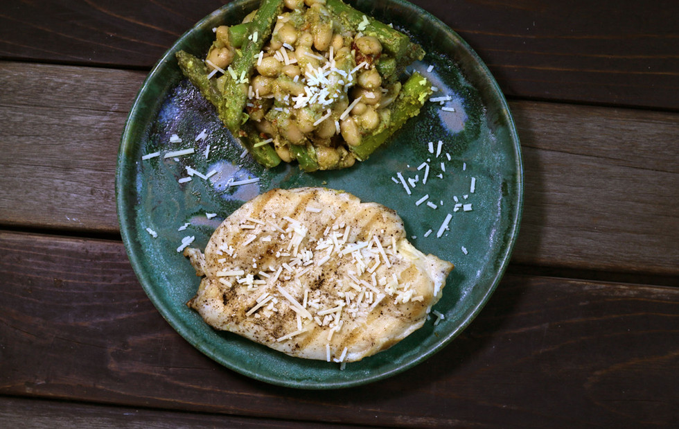 Grilled-chicken-with-white-bean-with-asp