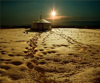 מסע שאמני בסיביר  : חלק 5 - אונגון, בית לרוחות