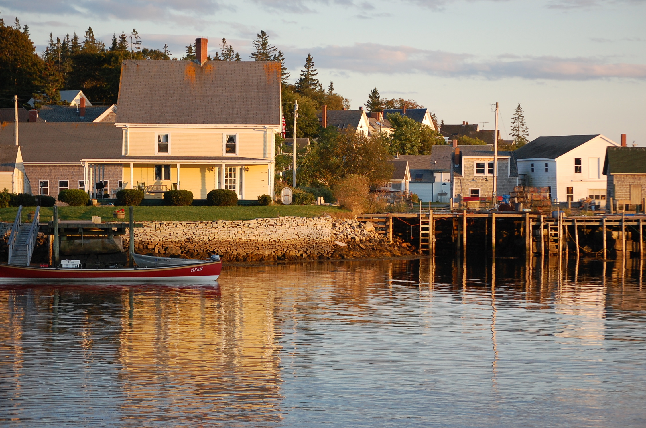 Vinalhaven light