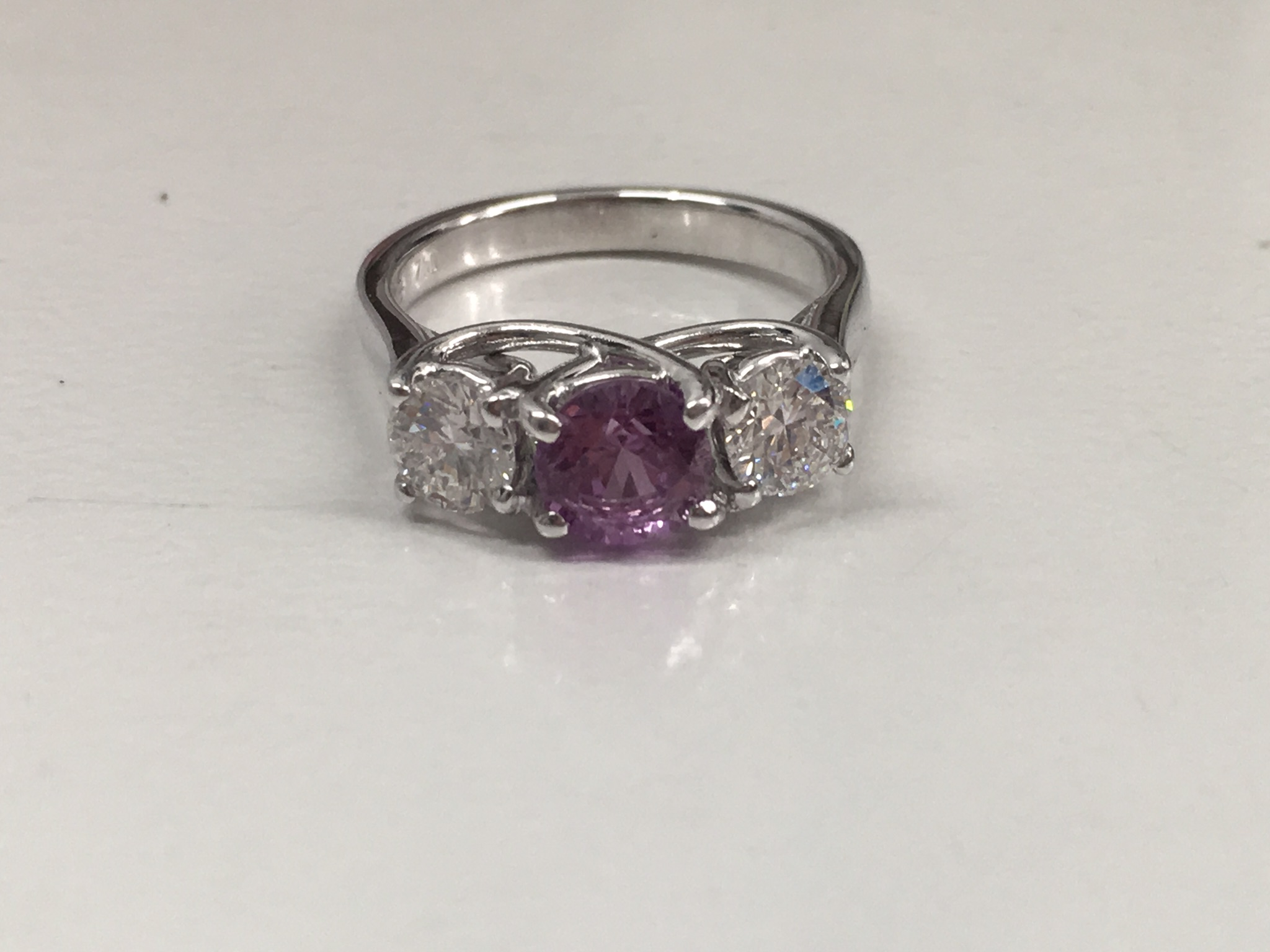 18ct White gold diamond and sapphire ring.
