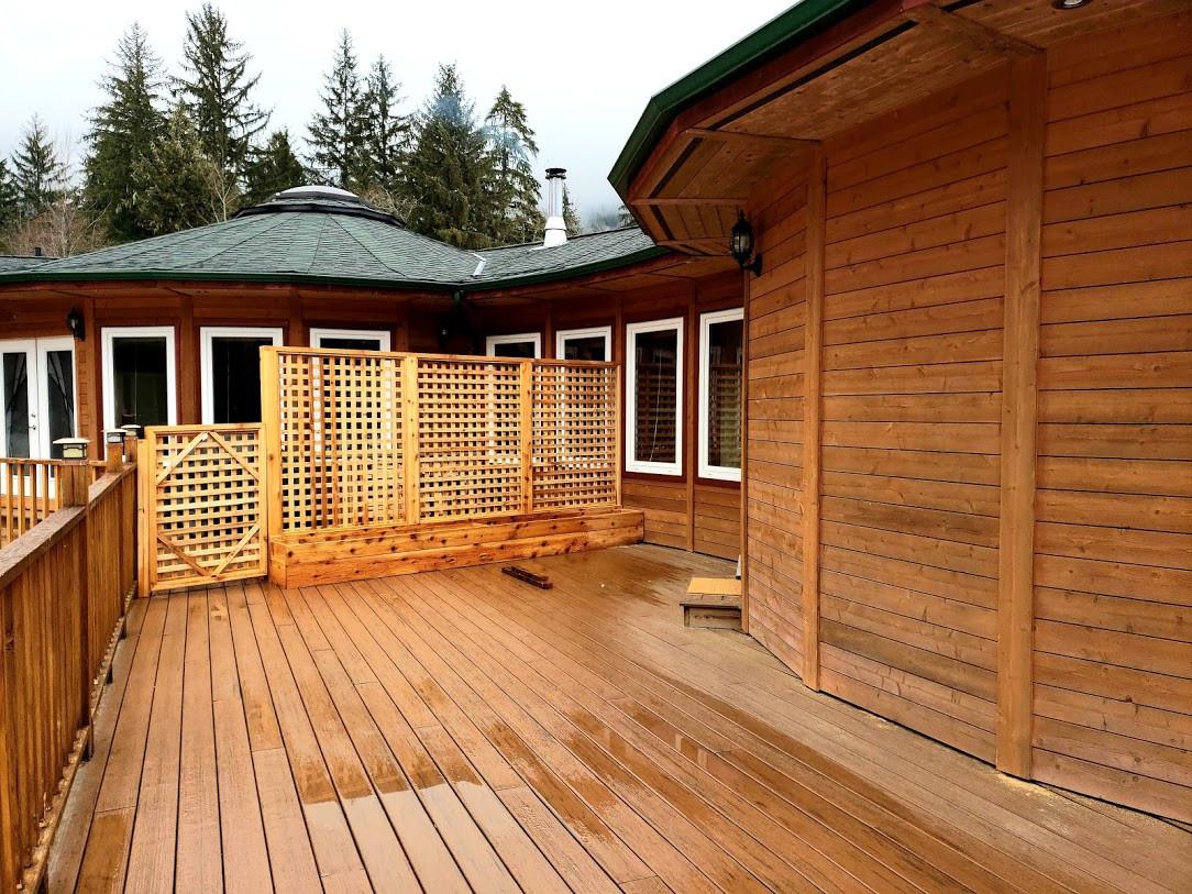 Private deck space.jpg