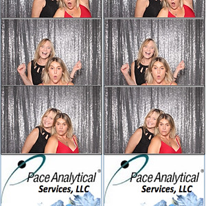 Pace Analytical Holiday Photo Booth