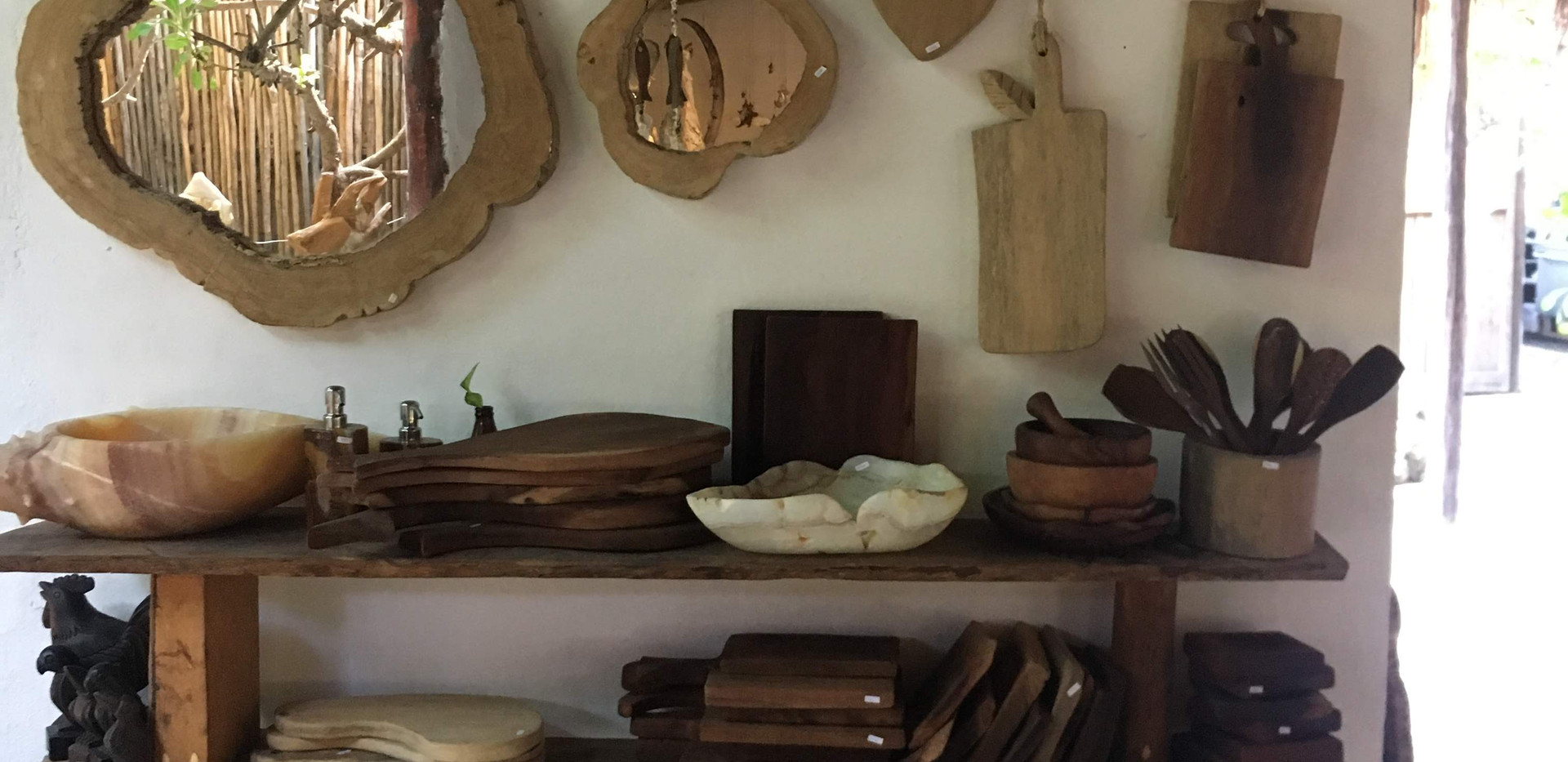 wooden art from Madera art gallery Isla Mujeres Mexico