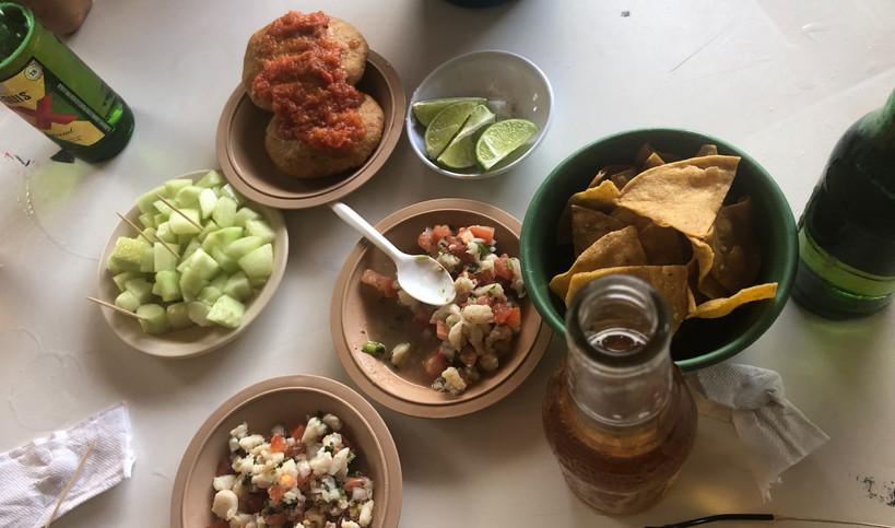 EM-islamujeres-bar-drinks-food-taste-tas