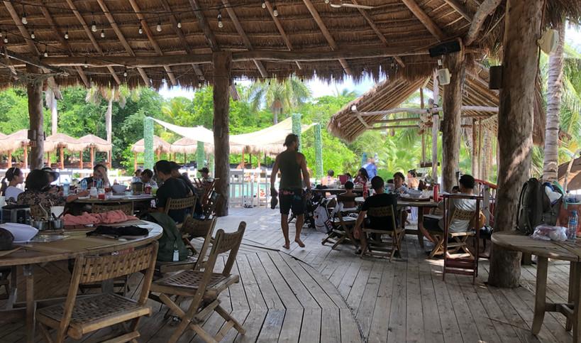 SkullsLandingBarIslaMujeresRestaurantMexicoEVD.jpg