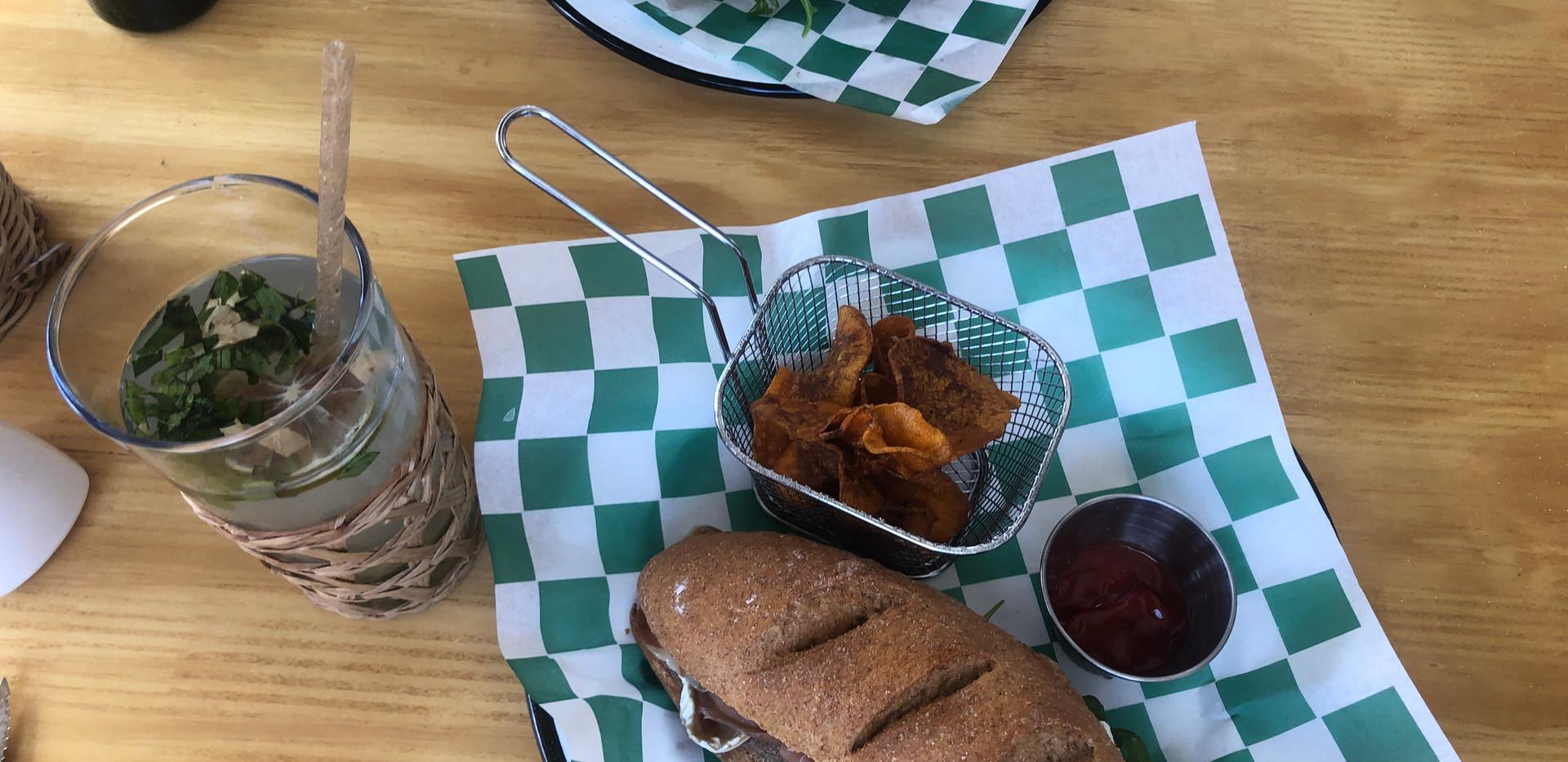 ohmybrunch_breakfast_lunch_sandwich_food
