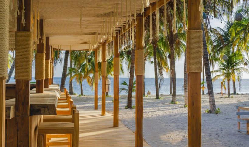 bar-beach-playa-nomads-experience-hotel-