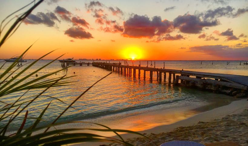 Marbella_islamujeres_mexico_sunset_beach
