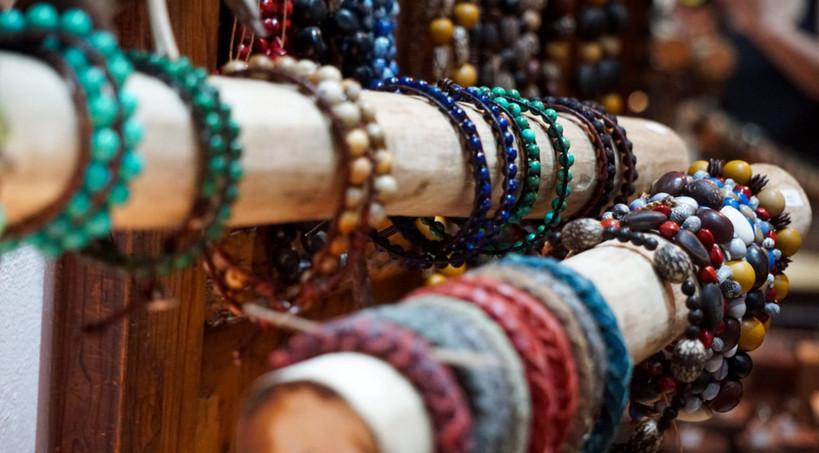 bracelets-rikkimcfadden-stones-leatherst
