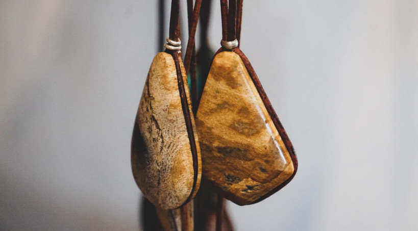 stones2-leatherstrap-maderagallery-rika.
