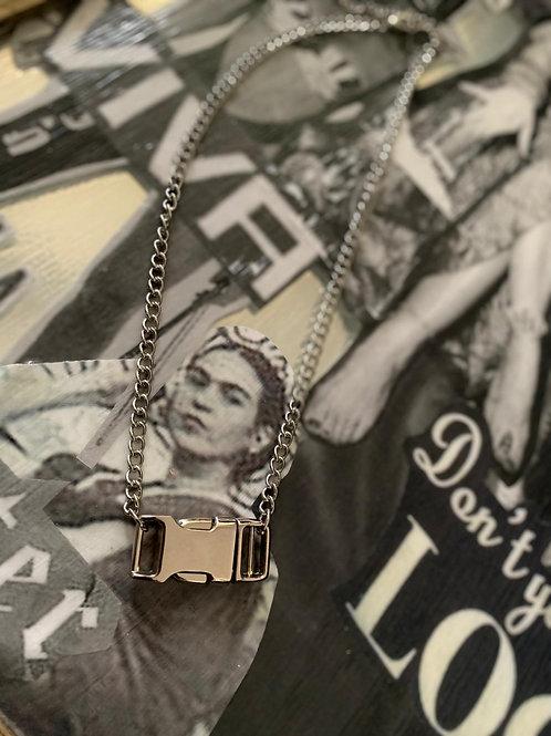 Clip Clap Chain