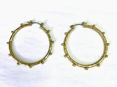 Stud -Out Hoops