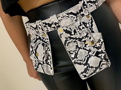 Waist / Side Bag. Whit /Black.