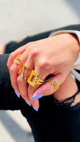 Rings & Pretty Hair Things