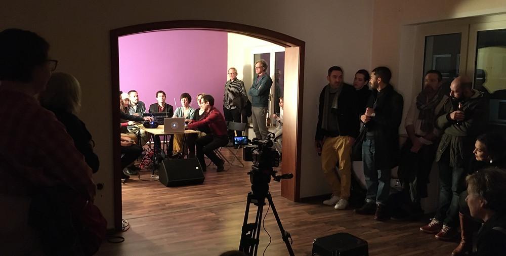19:00 Uhr. Severinstraße 194. Ensemble Garage. Konzertreihe: Acts 'n Sounds 01.Fotos: Felix Knoblauch