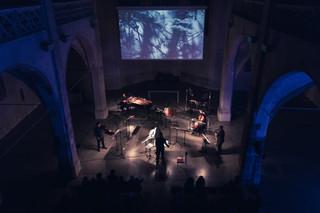 ELOY – Musik mit Bildern der Isolation