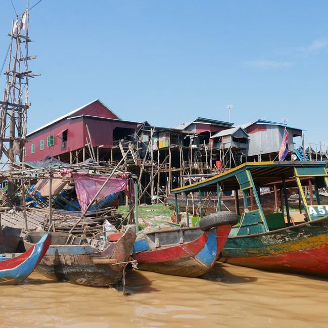 Maisons sur pilotis Kampong Phluk