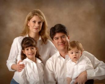 Mon FamilyRESIZE14.jpg
