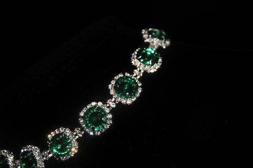Diamond Studded Emerald Necklace
