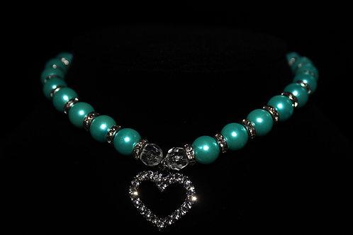 Blue Diamond Studded Pearl Necklace