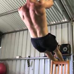 Close Grip Pull Ups