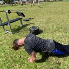 Giant Set - Close grip push ups