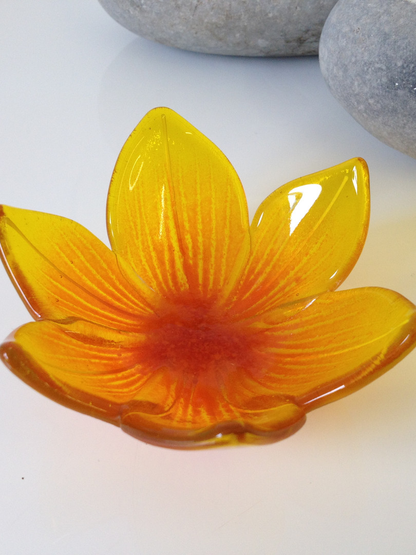 Flower trinket bowl