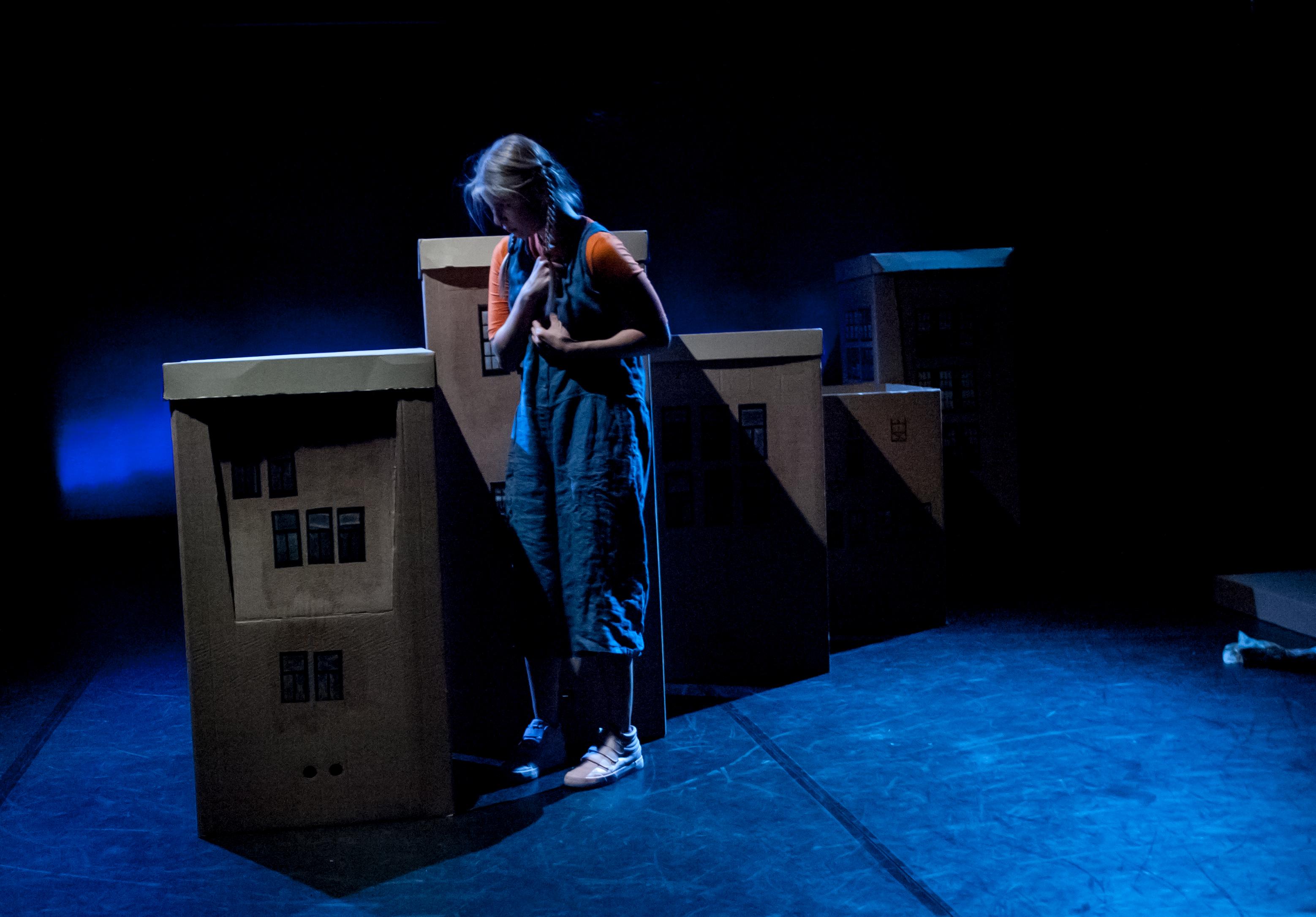 paula_22_c_monsun.theater