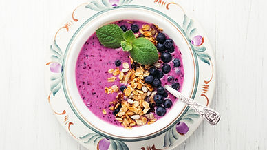 Smoothie with Granola