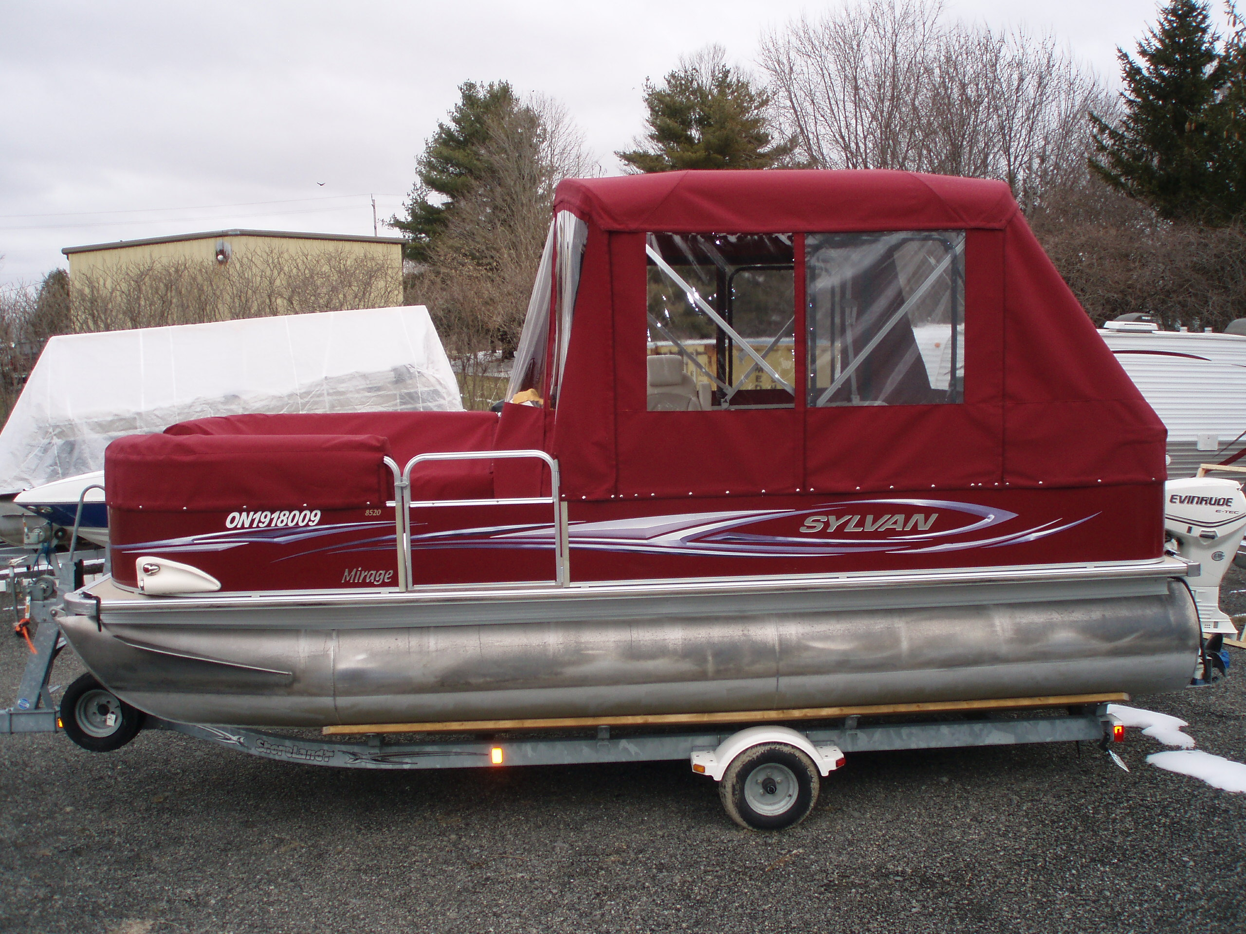 Pontoon boat cover - side view