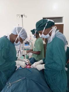 Thyroid surgery 2.jpg