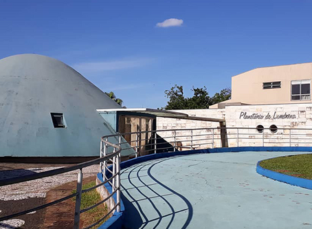 Planetário de Londrina tem sessões abertas ao público com programação adulta e infantil