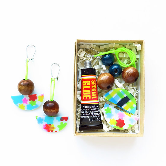 Create Your Own REVERSIBLE Upcycled Pool Earring DIY Kit