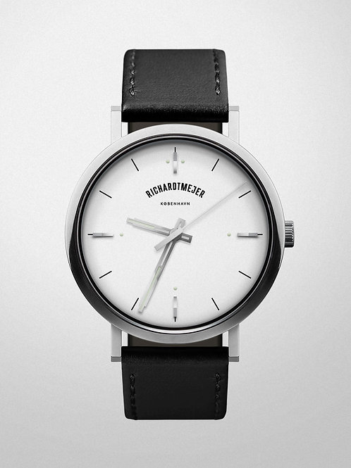 Richardt Mejer - Daily Watch / White