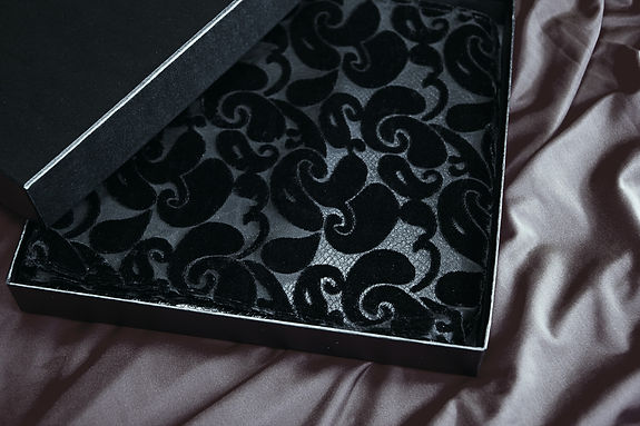 Boudoir Album, Silk Wrap