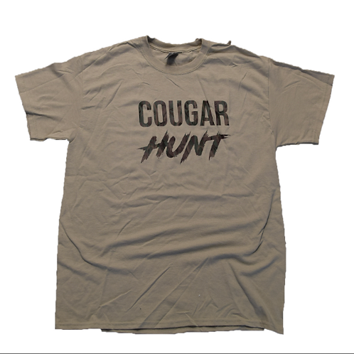 Cougar Hunt (nude/camo) T-Shirt