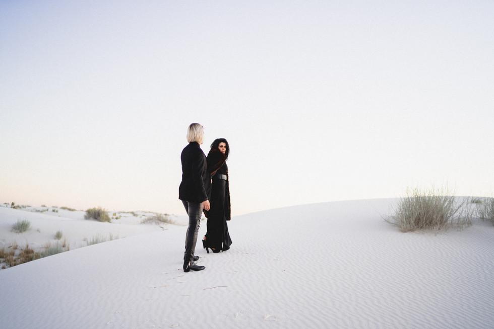 White Sands Engagment-17.jpg
