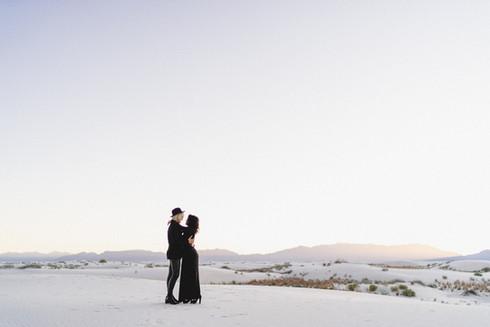 White Sands Engagment-5.jpg