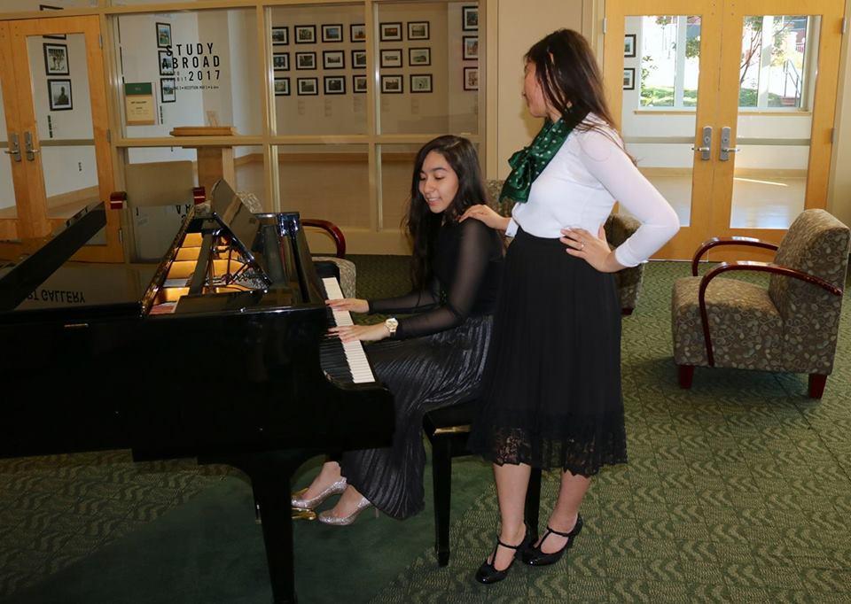 Piano shot