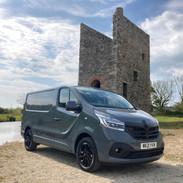 Renault Trafic Black Edition Campervan