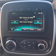 Renault Trafic Campervan Infotainment & Climate Control
