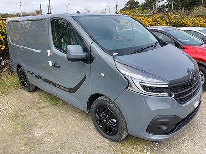 Renault Trafic Black Edition Camper Van