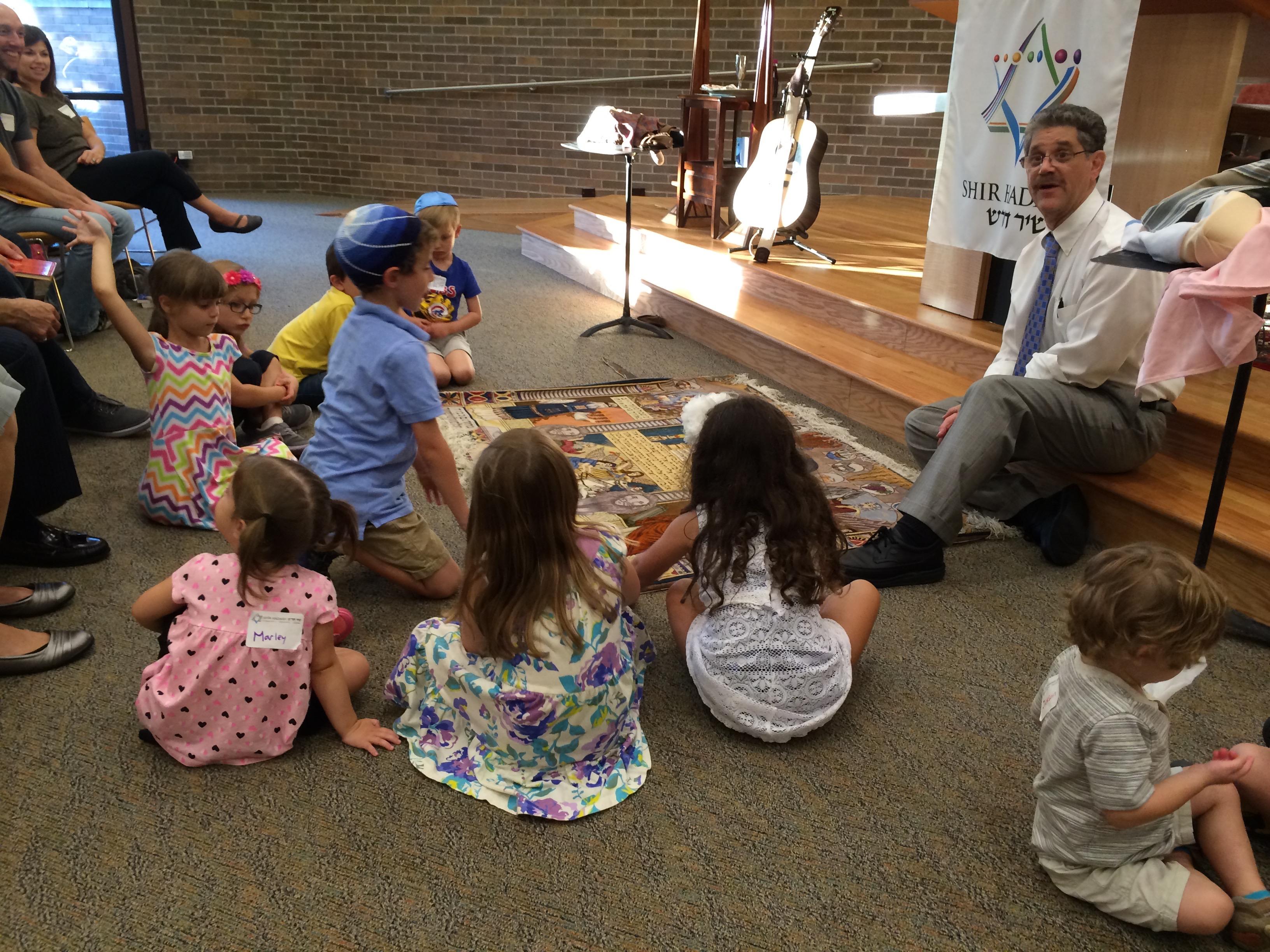 Rabbi Eitan with students 2