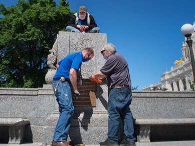 Columbus Plaque Removed