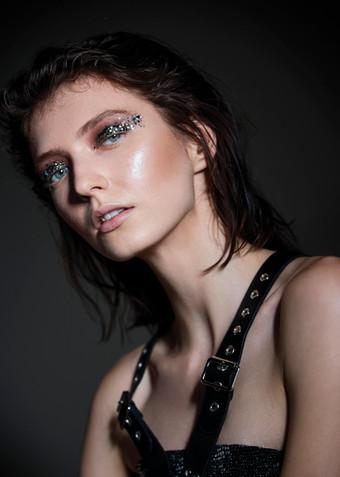 Hair + Makeup + Wardrobe Styling: Jessica PIneda / Photographer: Jon Pushnik